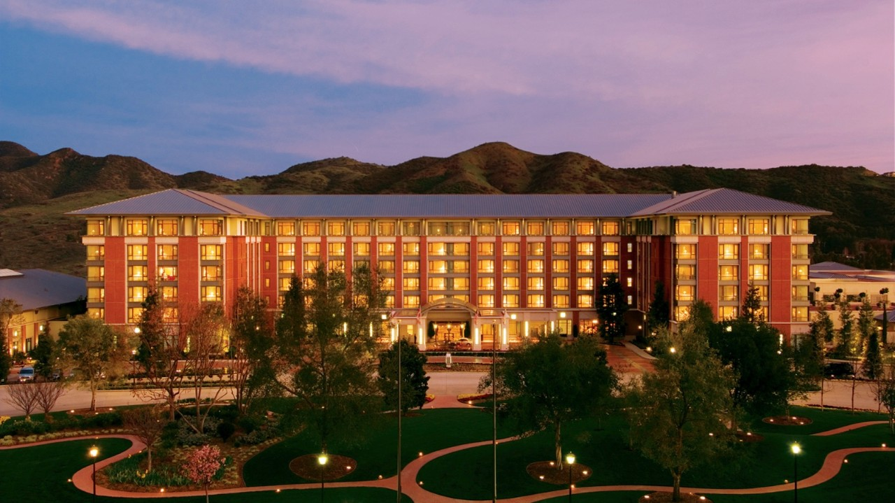 developing services product for four seasons hotel Isg engineering services leader will show how manufacturers  forum june 19-20 at the four seasons hotel in  and developing a connected.